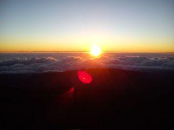 Lever_de_soleil,_Piton_de_neiges,_Réunion